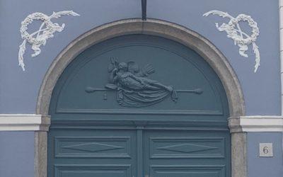 Nyúl néni foszlós kalácsától a velencei aranytallérig – avagy budavári mese a Fortuna utcából